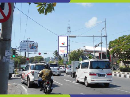 Billboard Di Kuta Bali Jl. Sunset Road