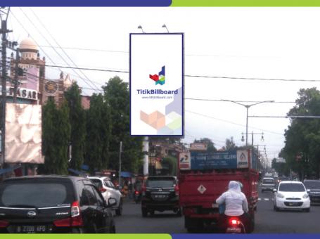 Lokasi Billboard Klaten Jl. Raya Solo – Lampu Merah Pasar Delanggu