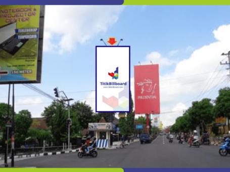 Sewa Billboard Magelang Jl. Ahmad Yani – Perempatan CPM