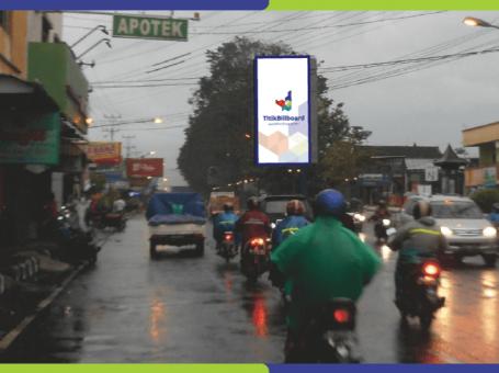 Sewa Billboard Sukoharjo Jl. Jend Sudirman – Pasar Kota Sukoharjo