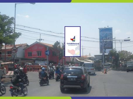 Sewa Billboard Surabaya Jl. Banyu Urip – Simpang Empat Pasar Kupang