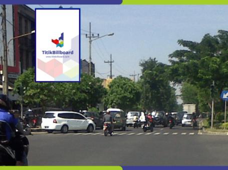Sewa Billboard Surabaya Jl. Raya Ngiden – Perempatan Ngiden