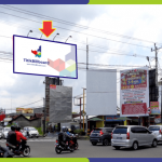 Sewa Billboard Yogyakarta Jl. Padjajaran - Perempatan Ringroad UPN
